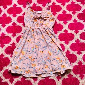 Summer Dress 🌺🍃🌻🍃🌼🍃🌸